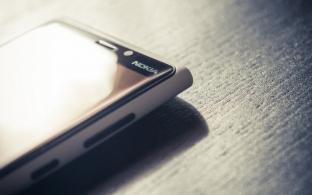Smartphone Nokia sẽ quay trở lại vào mùa hè này