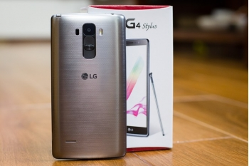 Coi mắt LG G4 Stylus vừa có mặt tại Việt Nam