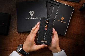 Lamborghini giới thiệu smartphone cao cấp Alpha One