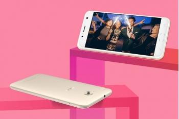 Asus chính thức giới thiệu Zenfone 4 Selfie phiên bản giá rẻ